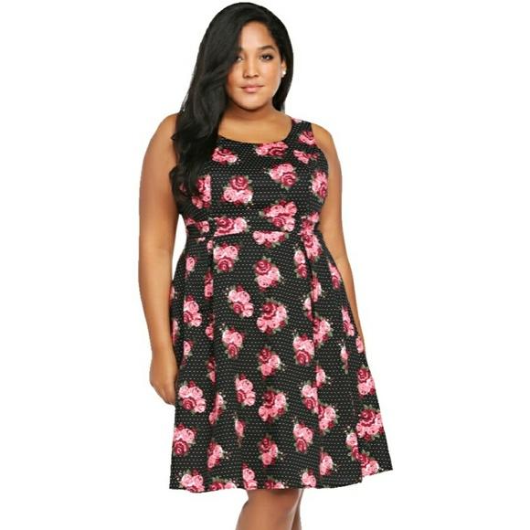 e1af6ed2f2 Torrid Floral Print Pleated Tank Dress. M 5ac11bec45b30c06c7a4c8c0